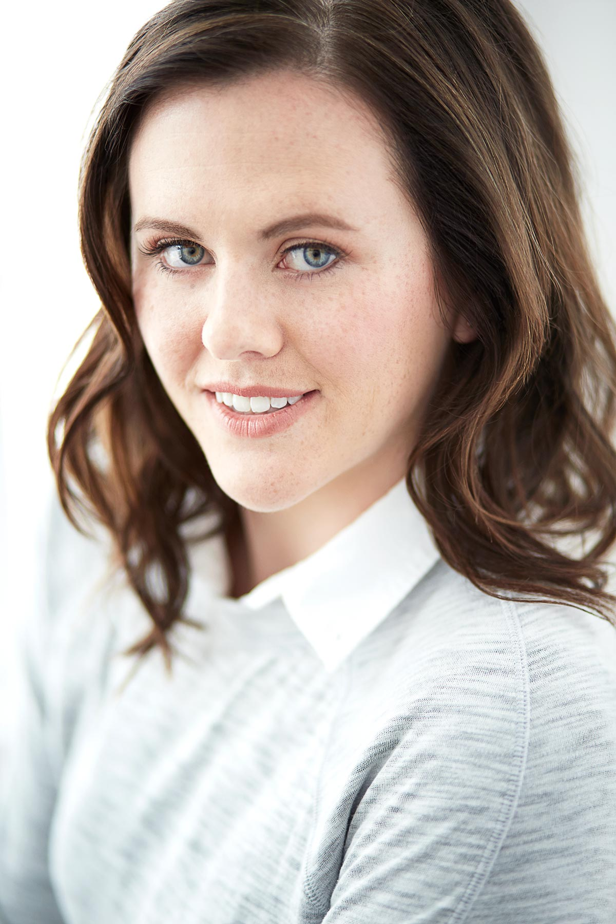 Kaitlyn_Professional_Headshots_Chicago_Actor_Actress_Theatrical_Commercial_Head_Shot_Women_Tiny_Space_Studio_III