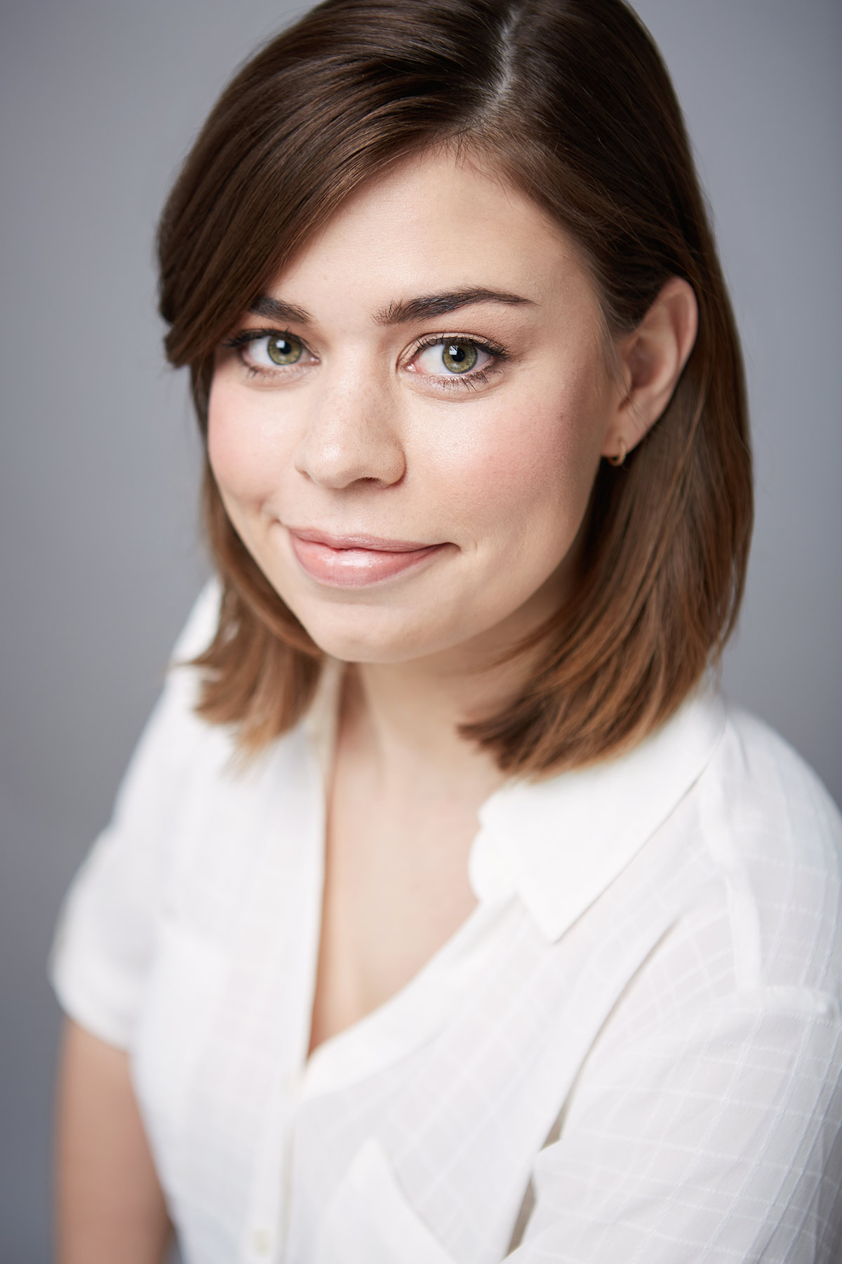 Laura_Actors_Headshot_Photographer_Chicago_Best_Affordable_Actress_Photography_Head_Shot_Tiny_Space_Studio